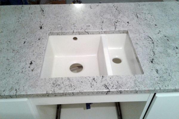 bialy granit blat kuchenny