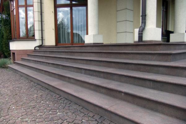 kamienne schody wejsciowe
