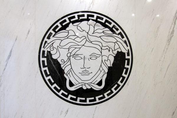 lazienka mozaika kamien