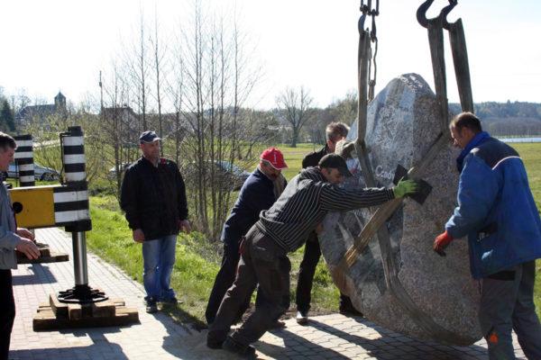 obelisk kamienny murkam