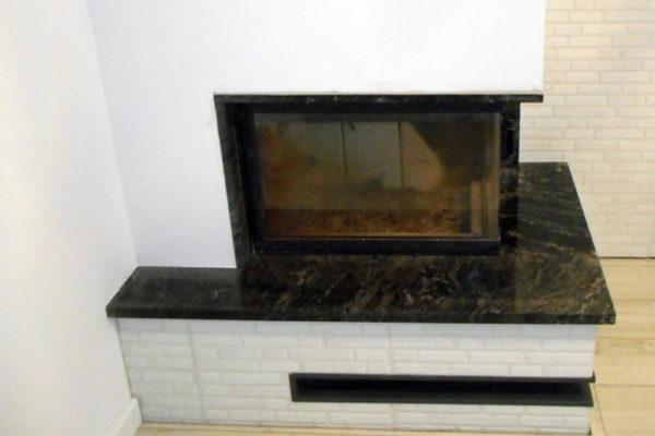 salon kominek kamienny