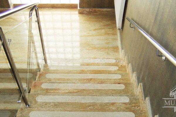schody bezpieczna klatka schodowa imperial gold
