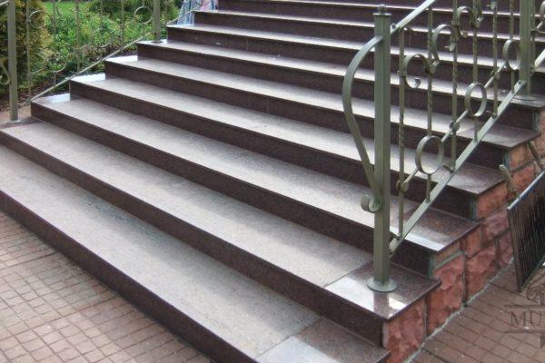 okazale schody ogrodowe