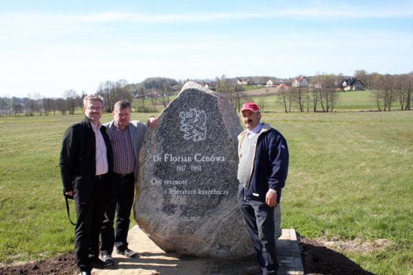obelisk stone