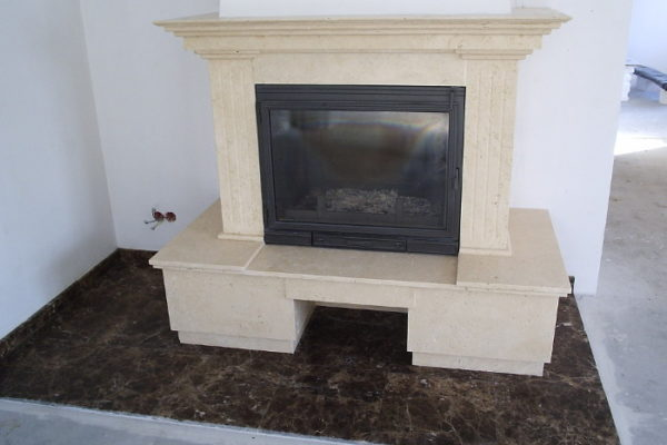 http://www.murkam.com.pl/wp-content/uploads/2018/02/kominek-z-szczotkowanego-naturalnego-trawertynu-tureckiego-fireplace-made-of-natural-brushed-turkish-travertine-600x400.jpg