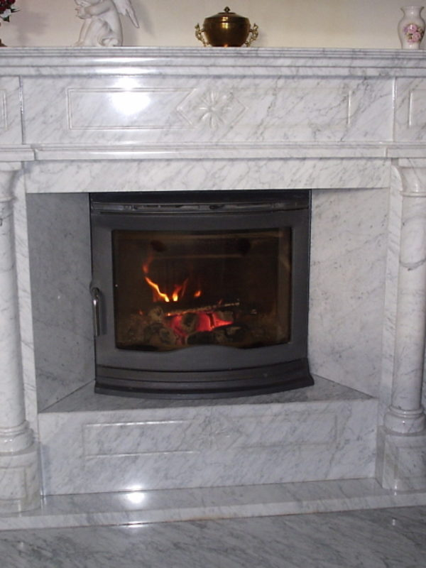 white-fireplace-portal-Bianco-Carrara