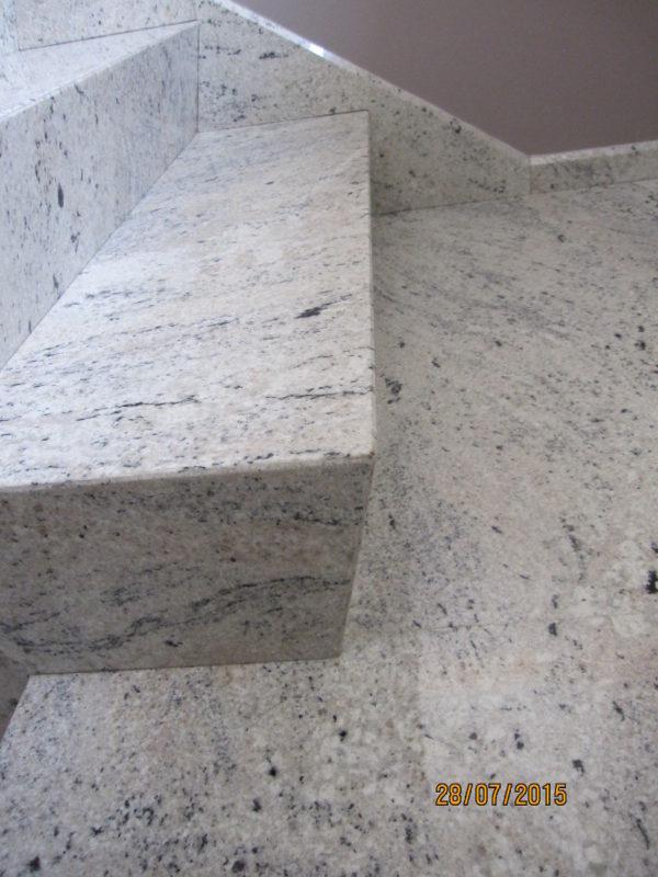 nietypowe stopnie z granitu pod ukos