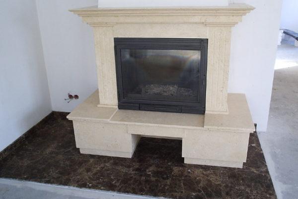 https://www.murkam.com.pl/wp-content/uploads/2018/02/kominek-z-szczotkowanego-naturalnego-trawertynu-tureckiego-fireplace-made-of-natural-brushed-turkish-travertine-600x400.jpg