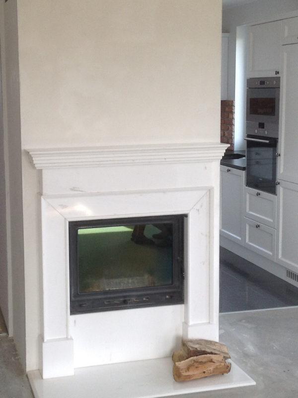 portal marmurowy Bianco Carrara